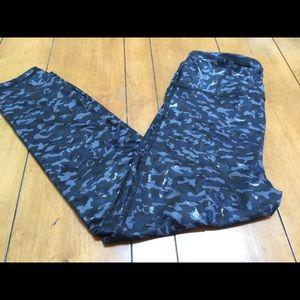 Gap Fit yoga pants, compression